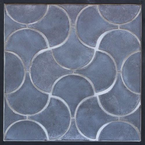 GB72 8'' Conche Charcoal Gray Moroccan Pattern
