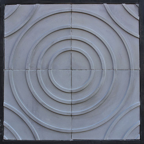GB74 18'' Target Tile Natural Gray