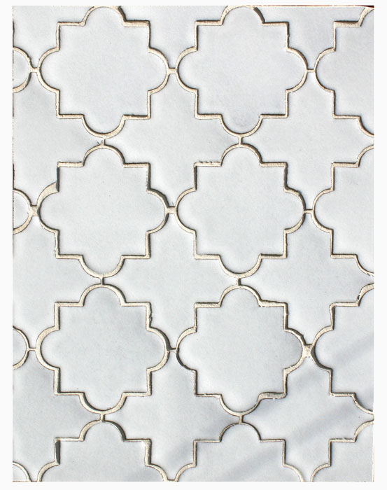 BB153 Clay Arabesque Pattern 8c-Great White-Grout Used: Laticrete 18 Sauterne