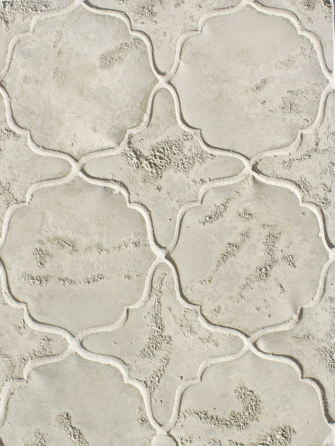 BB221 Arabesque Pattern 13- Early Gray Limestone