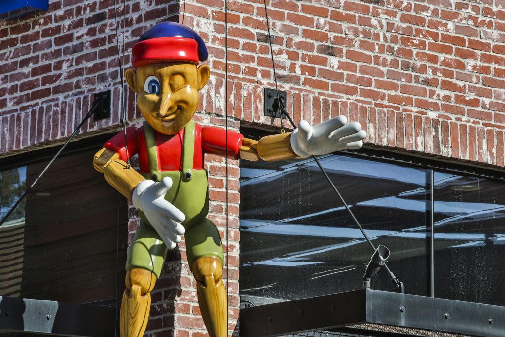 Arto-Brick-Toy-Store-09